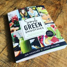 I am so excited to tell you all about my friends Jadah and Jen's brand new Simple Green Smoothies book! First of all, my whole family loves smoothies - they are our green drink of choice. Best Smoothie Recipes, Yummy Smoothies, Smoothie Drinks, Green Smoothies, Pineapple Mojito, Smoothie Challenge, Fast Healthy Meals, Baby Food Recipes, Paleo Recipes