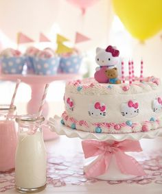 Hello Kitty Party! #cake #sweet #hellokitty #sanrio #cute #kawaii #party