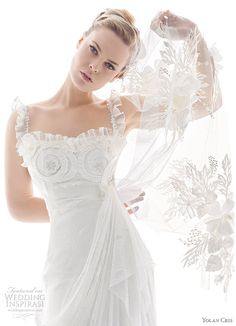 ethereal wedding gown collections | Yolan Cris wedding dress 2010 Renacimiento bridal collection - model ...