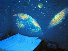 Glow-in-the-dark stars taken to the EXTREME! Me like!