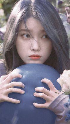i love girls Cute Korean Girl, Asian Girl, Girls In Love, Cute Girls, Korean Celebrities, Celebs, Iu Twitter, Iu Hair, Collage Des Photos