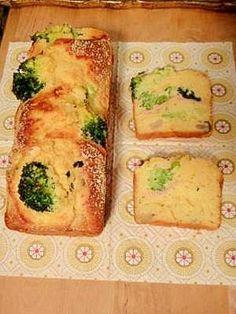 「パンケーキミックス粉で作るケーク サレ」野菜は何でもいいと思います。一度火を通したものを、生地に混ぜて焼きます。【楽天レシピ】