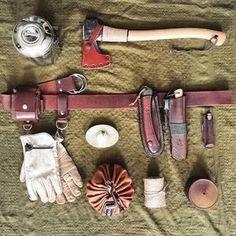 Old School bushcraft kit #bushcraftleathergear #bushcraftprojectscrafts #bushcraftkit