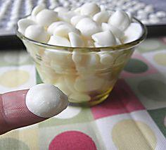 Honey Vanilla Frozen Yogurt Drops made with Plain Greek yogurt, honey, and vanilla extract. This website is amazing!! So many recipes that are sugar free/artificial sweetener free.