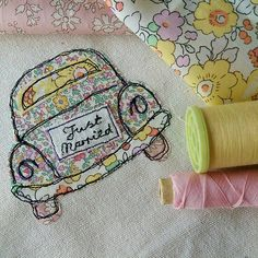 Personalised wedding picture with volkswagen beetle car Freehand Machine Embroidery, Free Motion Embroidery, Machine Embroidery Applique, Hand Embroidery, Applique Stitches, Applique Designs, Embroidery Designs, Wedding Embroidery, Fabric Cards
