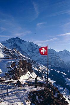 Wengen, Schweiz Mannlichen with view of Jungfrau, Switzerland