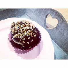 Magnum Cupcake @ American Bakery