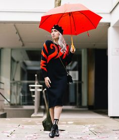 Jessica Luxe - Kent Street Apparel Umbrella, Yes Mesh Shoes - Red Swirls