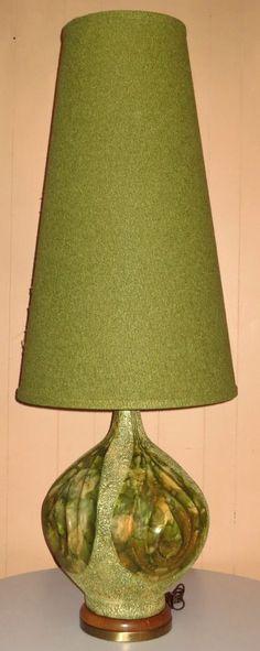 HUGE RETRO VINTAGE MID CENTURY DANISH ERA PLASTO MFG CO.. CONE SHADE TABLE LAMP