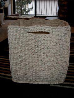 Crochet Basket - Tutorial - Crochet basket to hold all my crochet stuff.... GENIUS!!