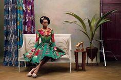 Per celebrare Vlisco, l'azienda tedesca leader produttrice di tessuti wax, il fotografo Koen Hauser ha immortalato la collezione del 2013 in
