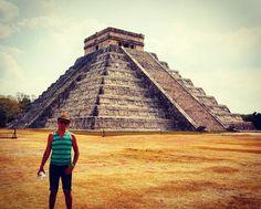 La belleza de los secretos #mexico #yucatan #chichenitza #travel #travelgram #travelling #mexico_maravilloso #adventure #instapic #instatravel #instalove #beautiful #great #maravilla #maravilladelmundo by manuelgovea