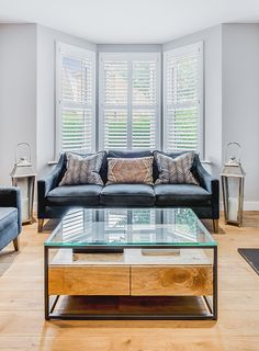 We recently had the pleasure of speaking with Kate about her Victorian Terrace home in Earlsfield which she shares with husband Francis and their three daughters. Since moving in, the couple have transformed their home as they felt it was very old fashioned and tired before their renovation work.  A shot of our stunning shutters in this stylish living room #plantationshuttersltd