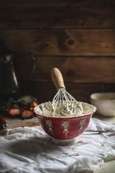 Cooking With JL Artesanato. Check Out These Simple Cooking Tips! Food Photography Styling, Food Styling, The Joy Of Baking, Cabin In The Woods, Pavlova, Simple Pleasures, Cooking Tips, Cooking Quotes, Homemade