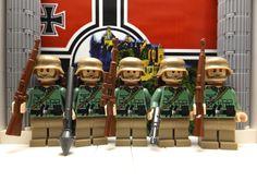 5x LEGO German Gefreiter Poineerbataillon w/ Kar98, RPG, G43, MP40, Kar98 Scoped #LEGO
