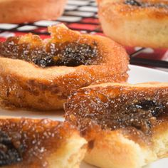 The holiday season is rapidly approaching, and if you are an avid foodie like me, you might be wondering what mouthwatering baked goods you can make this year. This old fashioned, melt-in-your-mouth butter tart pastry is a combination of flaky, buttery crust and firm, saccharine filling. The recipe is made without the use of corn syrup. The filling is sweetened instead with maple syrup, brown sugar, and the chewy addition of raisins. Let us get baking.