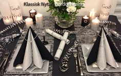 nytårsborddækning ideer New Years Wedding, New Years Eve Weddings, New Years Party, Christmas Table Settings, Holiday Tables, New Years Decorations, Handmade Decorations, White Dessert Tables, Diy Projects Cans