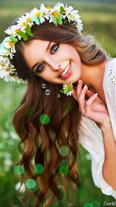 Animation I made using this beautiful image Lovely Girl Image, Cute Girl Photo, Beautiful Fantasy Art, Beautiful Gif, Gif Of Good Morning, Beautiful Women Videos, Floral Headdress, Cute Girl Drawing, Beautiful Flowers Wallpapers