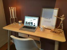 Home-office www.junesdagbok.no Office Desk, Home Office, Corner Desk, Furniture, Home Decor, Corner Table, Desk Office, Decoration Home, Desk