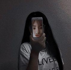 Army Photography, Hollaback Girl, Poses Photo, Ulzzang Korean Girl, Foto Jungkook, Bts Jimin, Uzzlang Girl, Army Love, Boy Pictures