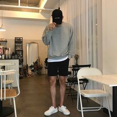 Korean Fashion Men, Boy Fashion, Mens Fashion, Fashion Outfits, Mode Man, Outfits Hombre, Stylish Mens Outfits, Urban Outfits, Mode Style