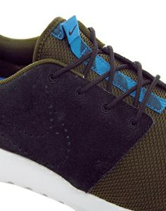 Nike Rosherun Winter 685286 047 Baskets