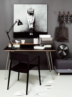 Check Out 25 Chic Scandinavian Home Office Designs. Scandinavian design is extremely popular now, so why not choose this style for your home office decor? Home Office Design, Home Office Decor, Home Decor, Office Designs, Office Furniture, Office Art, Man Office, Office Inspo, Entryway Furniture