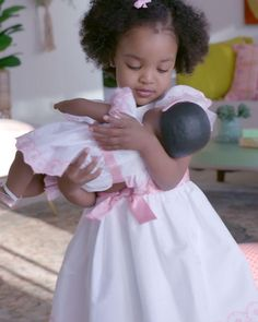 Bitty Baby® is oh-so-huggable and comes with a world that leads to hours of play—and a love that lasts. #americangirl #bittybaby #dolls #babytoys Baby Dolls For Toddlers, Baby Doll Accessories, All American Girl, Baby Learning, Bitty Baby, Girl Online, Baby Toys, Baby Shower Gifts, Doll Clothes