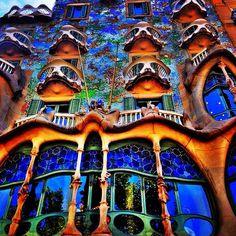 Barcelona, Antoni Gaudi, Art Nouveau, Places To Visit, Wanderlust, Patio, Painting, Museum, Facades