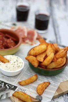 Patatas bravas met knoflooksaus - Lekker eten met Linda