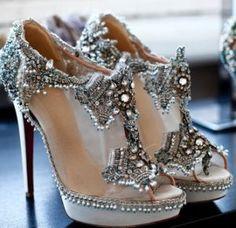 Vintage glam wedding shoes - Wedding inspirations