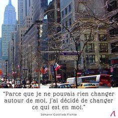 C'est parti pour une nouvelle semaine avec une petite #citation  pour se rappeler que le changement commence par soi-même 🙈🙉🙊 . #lundimotivation #workday . . . . Photo prise par mes soins à #nyc #manhattan #nycstreets . . #DomaZen