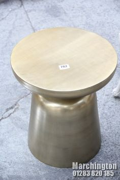 Stool, Auction, Display, Table, Furniture, Home Decor, Floor Space, Decoration Home, Billboard