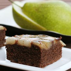 The upside-down pear cake- one of my favourite recipes, recently! (recipe in Polish)