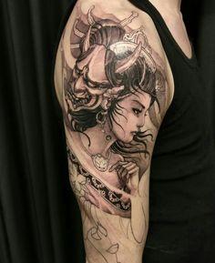 More progress on Evan's geisha warrior sleeve. Japanese Geisha Tattoo, Japanese Tattoo Designs, Japanese Sleeve Tattoos, Geisha Tattoo Design, Body Art Tattoos, Cool Tattoos, Asian Tattoos, Japan Tattoo, Oriental Tattoo