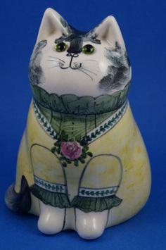 "Vintage RYE STUDIO Pottery JOAN DE BETHEL Large 7"" CAT Green Glass Eyes 1985 Rye, Pottery, Studio, Cats, Image, Ceramica, Gatos, Pottery Marks, Studios"
