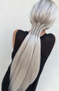 65 Women's Easy Hairstyles Step By Step DIY - The Finest Feed Are you feeling bored with your regular look? If you are, then you gotta change it quickly. Checkout these Easy DIY Hairstyles for Women. Plaits Hairstyles, Easy Hairstyles, Wedding Hairstyles, Hairstyles Pictures, Gorgeous Hairstyles, Unique Braided Hairstyles, Dance Hairstyles, Hairstyles Videos, Twist Ponytail