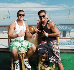 Vinny and Pauly D ...it's t-shirt tiiiiiiiime! lol =)