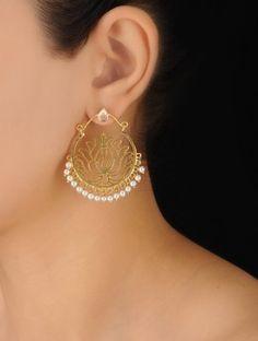 Silver Floral Baalis dangle Earrings by Jaipurmahal on Etsy Gold Jhumka Earrings, Silver Earrings Online, Indian Jewelry Earrings, Gold Bridal Earrings, Fancy Jewellery, Jewelry Design Earrings, Gold Earrings Designs, Gold Jewellery Design, Ear Jewelry