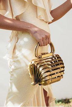 cult+gaia+gold+bag.jpg 290×434 pixels