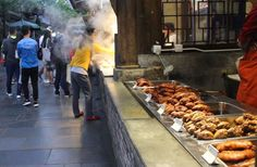 The Wide and Narrow Alleys of Chengdu: Preservation or Profitization?