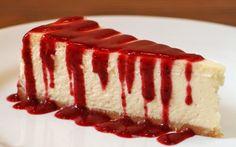 Cheesecake americana tradicional, por 210 Diner, do chef Benny Novak, em São Paulo Cheesecake Facil, Cheesecake Tradicional, Turtle Cheesecake Recipes, Cheesecake Bites, Lemon Cheesecake, Chocolate Cheesecake, Pumpkin Cheesecake, Strawberry Cheesecake, Cheesecake Americana