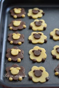 Sheep cookies - hmmmm :] bake bake cake bake The Effective Pictures We Offer You About Easter Recipes Dessert A q Easy Cheesecake Recipes, Easy Cookie Recipes, Easter Recipes, Dessert Recipes, Recipes Dinner, Easter Food, Easter Candy, Easter Treats, Baking Recipes