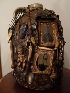Altars: Memory Jug #Shrine, by Gayle Hajek.