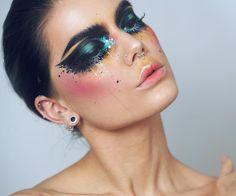 Linda Hallberg Lidschatten Make-up Sparkly Makeup, Cheap Makeup, Glam Makeup, Eyeshadow Makeup, Beauty Makeup, Hair Makeup, Airbrush Makeup, Eyeshadow Brushes, Gel Eyeliner