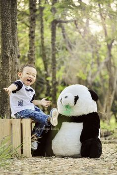 Kid & panda photo  Baby & kid photography
