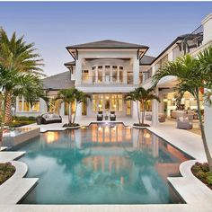 15 Luxury Homes with Pool – Millionaire Lifestyle – Dream Home - Amazing hou. 15 Luxury Homes with Pool – Millionaire Lifestyle – Dream Home – Amazing house with pool Source by Theamunck Dream Mansion, Mansion Houses, White Mansion, Beach Mansion, Luxury Pools, Luxury Homes Dream Houses, Dream Pools, Dream House Exterior, Pool Houses