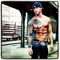 Men with tattoos ♡♥♡