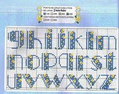 Punto de Cruz GRATIS: Abecedario Sencillo en Azul y Amarillo