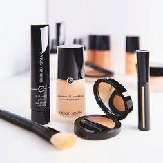 As bases são indispensáveis pra qualquer make e são elas as responsáveis por garantir a pele perfeita, corrigir as imperfeições e fazer todos os outros produtos durarem muito mais. Pode reparar, qu…
